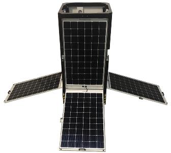 cameramast met zonnepanelen